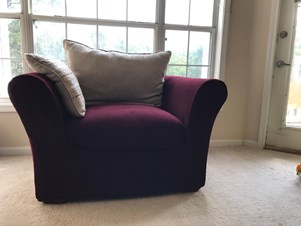 Merveilleux Couch/ Sofa, And Dinning Table And Four Chairs Up For Sale (Cash Only)