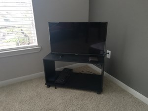32 Inches TV(4 Months Old)