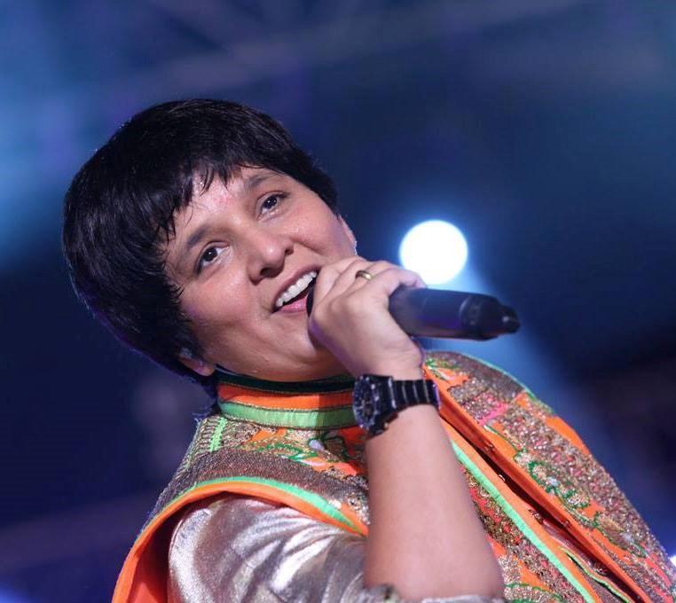 Falguni Pathak s popular Navratri songs