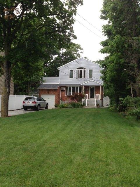 1795 rent for a beautiful 1200 sq ft house in long island