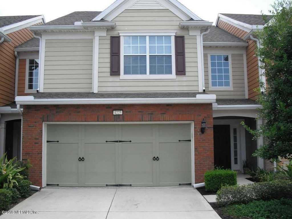 Extensively upgraded townhouse with 3 bedroom 2 5 bath 2 for 2 5 car garage