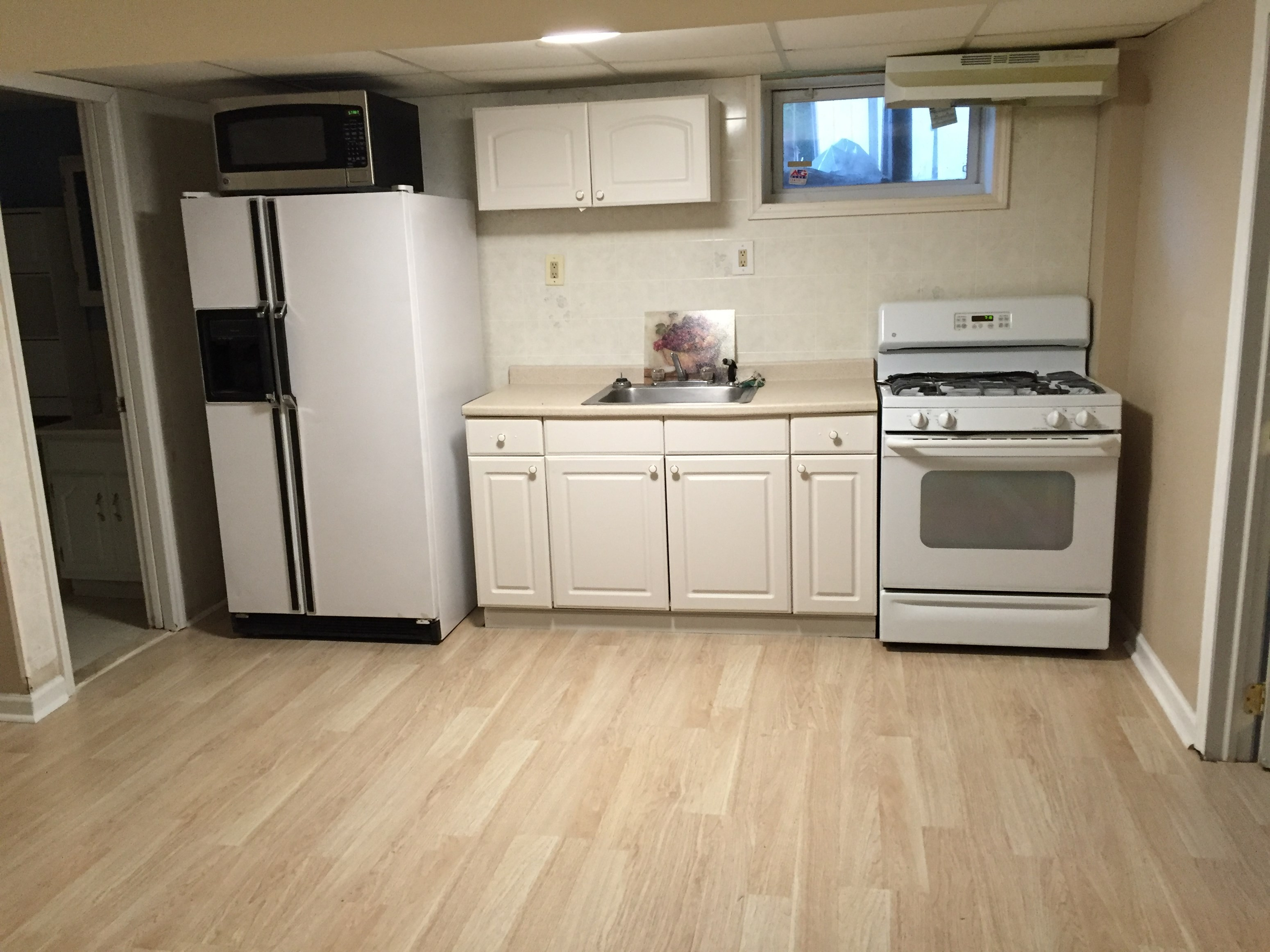Brand New Apt Large 1 1/2 Bedroom Apt All Utilities Included NEAR EDISON  TRAIN