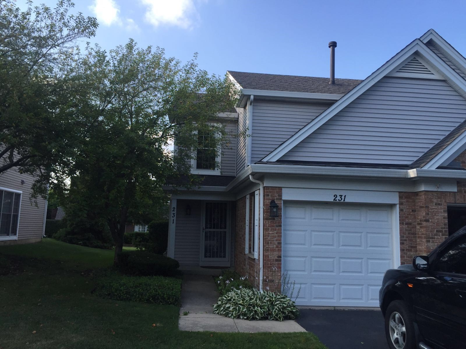 Excellent 2 Bed 2 5 Bath Townhouse For Rent In Itasca Il 2 Bhk Town House In Itasca Il