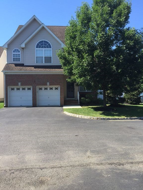 House For Rent In North Brunswick Nj Apartments Flats Commercial Space Individual House