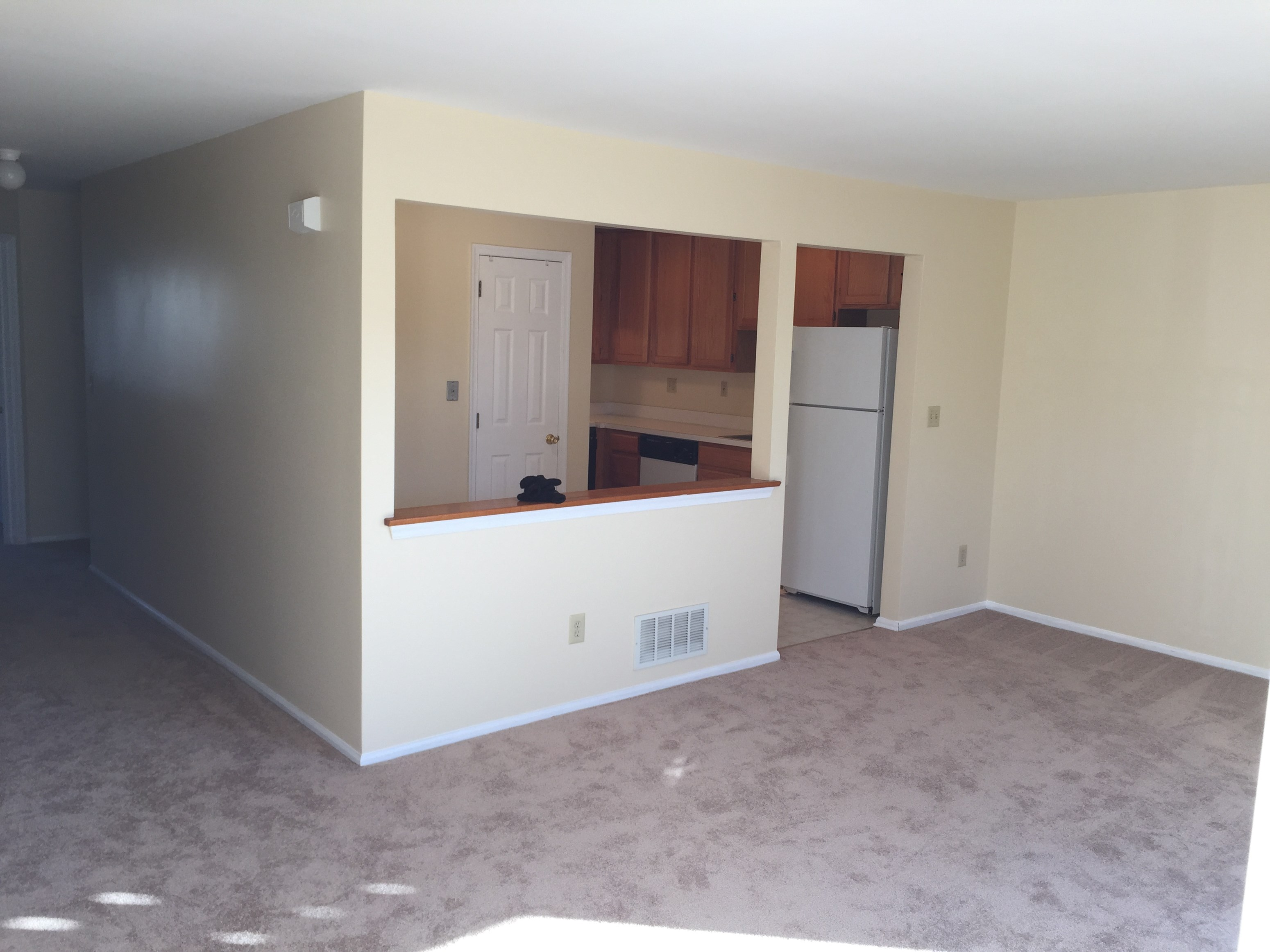 1800 2br 2bt Rare Condo With Finished Basement In North