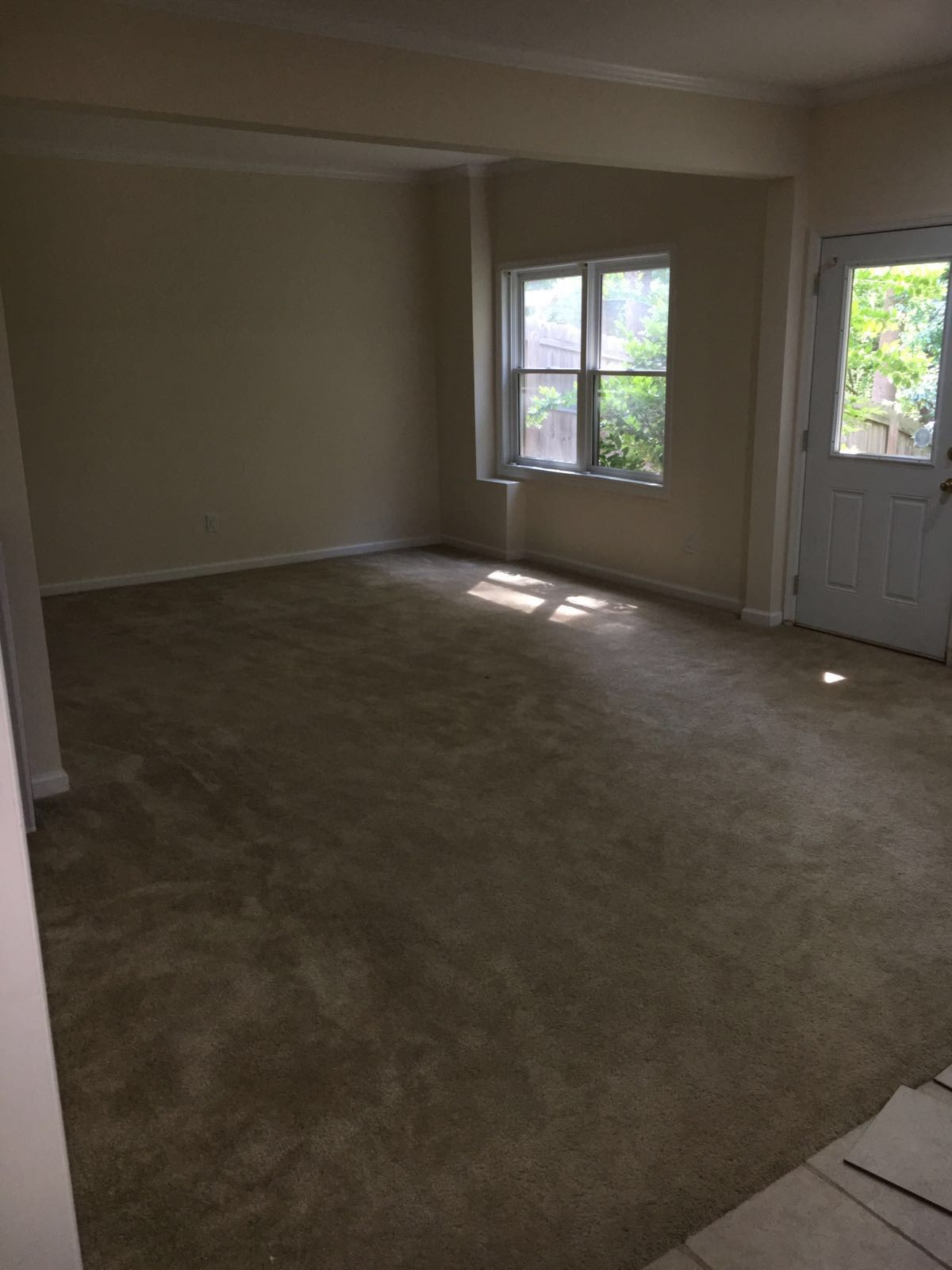 Basement For Rent!! Includes 1 Room, Living Room, Full