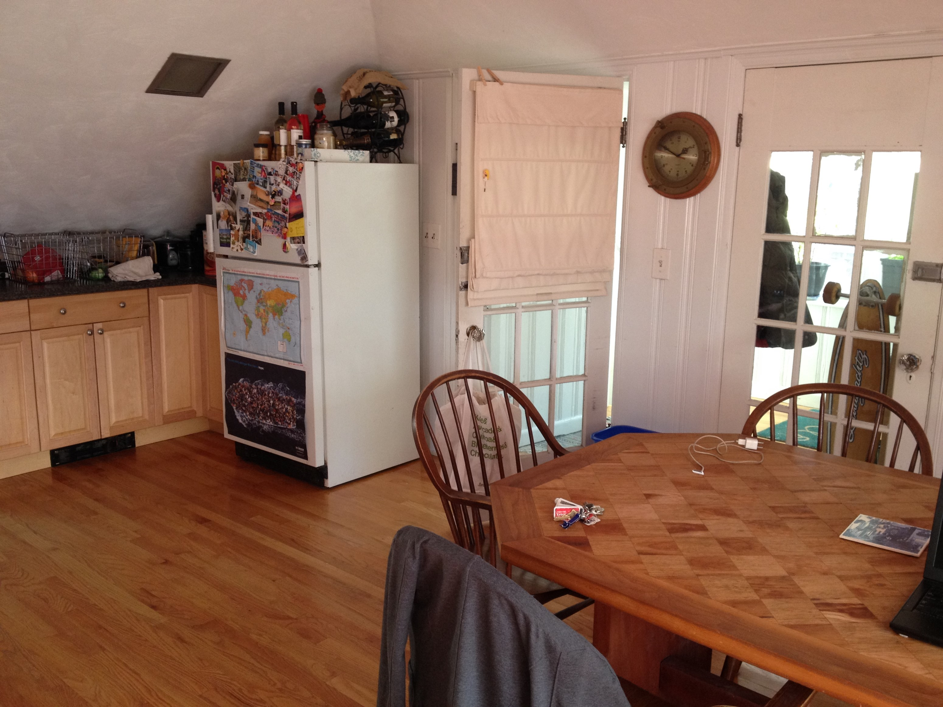 spacious top floor apartment 1 bhk condo in allston ma 897264
