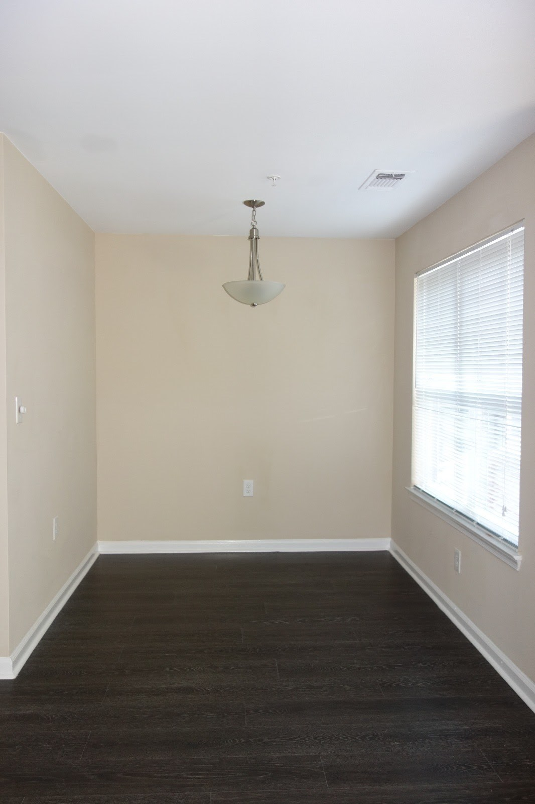 Free Furniture  1 Bedroom Apt Available For Sub Lease Westerly Worldgate  Apartments,HerndonVA