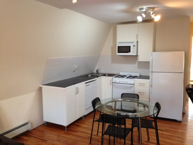 Beautiful fully furnished 1 bhk journal square next to for Granite kitchen and bath clifton nj