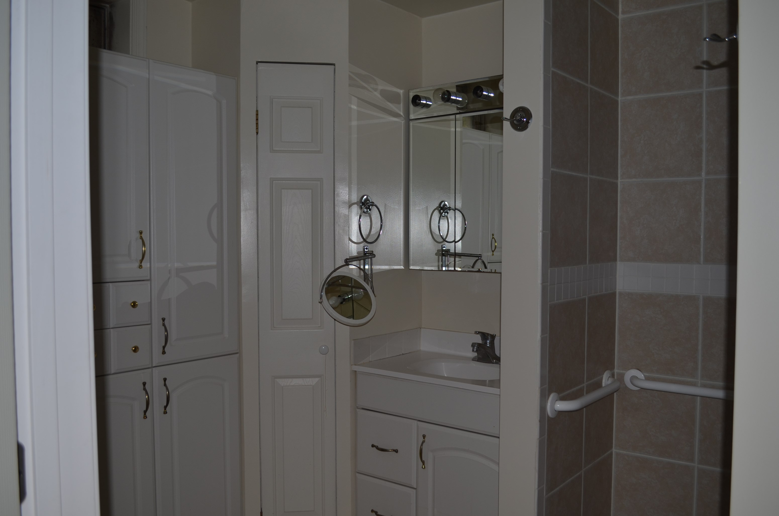 ... 1BR, 1BATH, FULL KITCHEN BASEMENT APARTMENT WITH PRIVATE DRIVEWAY IN  ELKRIDGE, ...