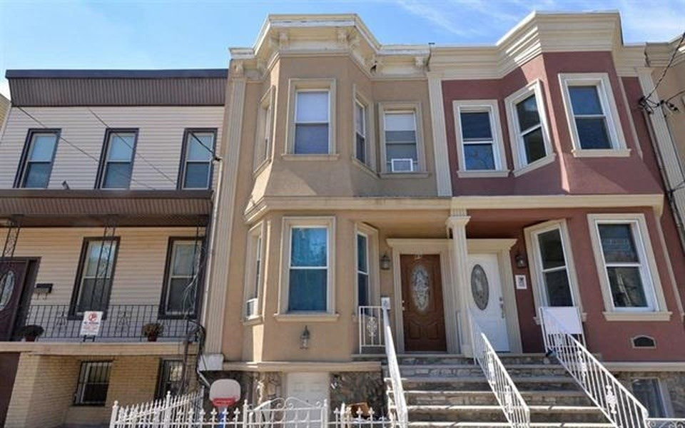 2 bedroom apartments in linden nj for  950   rapnacional. 2 Bedroom Apartments In Linden Nj For  950 Home Design Ideas