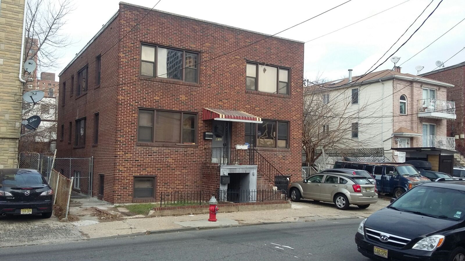 1 Bedroom Apt At Journal Square Jersey City 1 Min Walk To Path Train