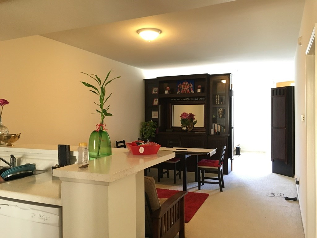 Single/Double Rooms Or Entire Apartment On Flexible Short Term/long Term