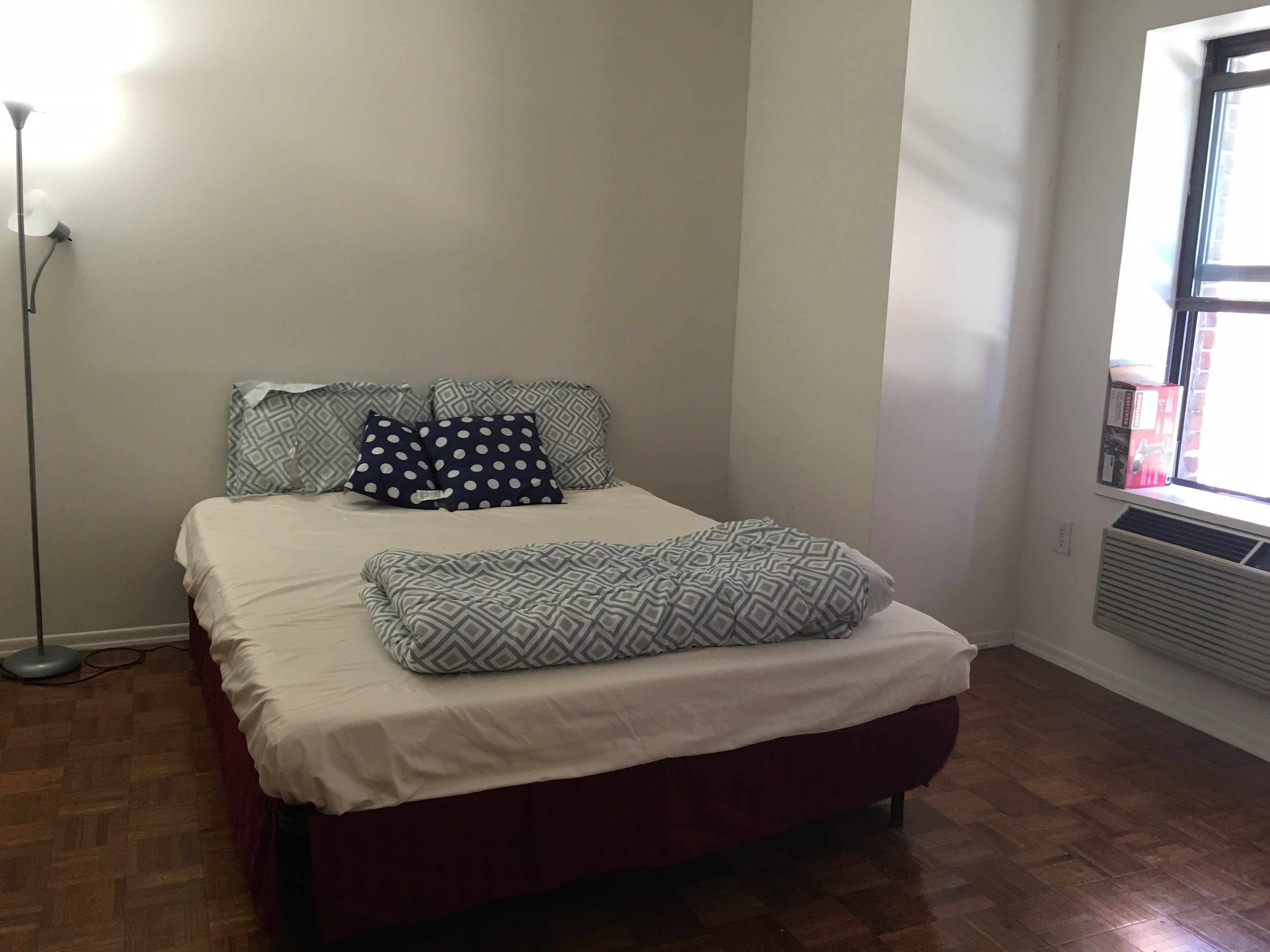 Offered House Apartment Flat Commercial Space For Rent In New York