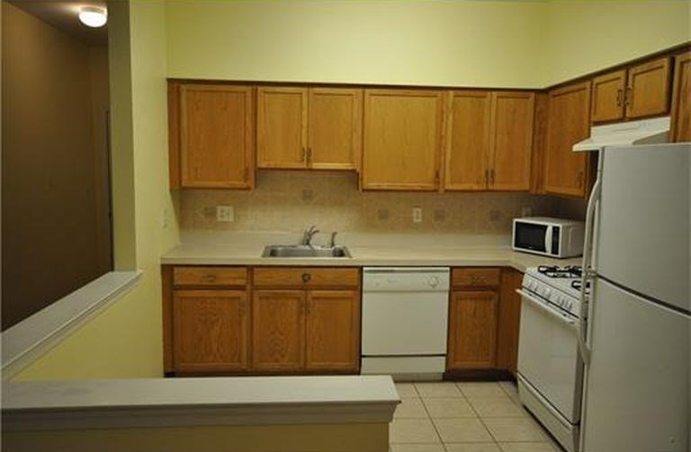 BR Bath Condo For Rent TRADITIONS - South Plainfield   BHK