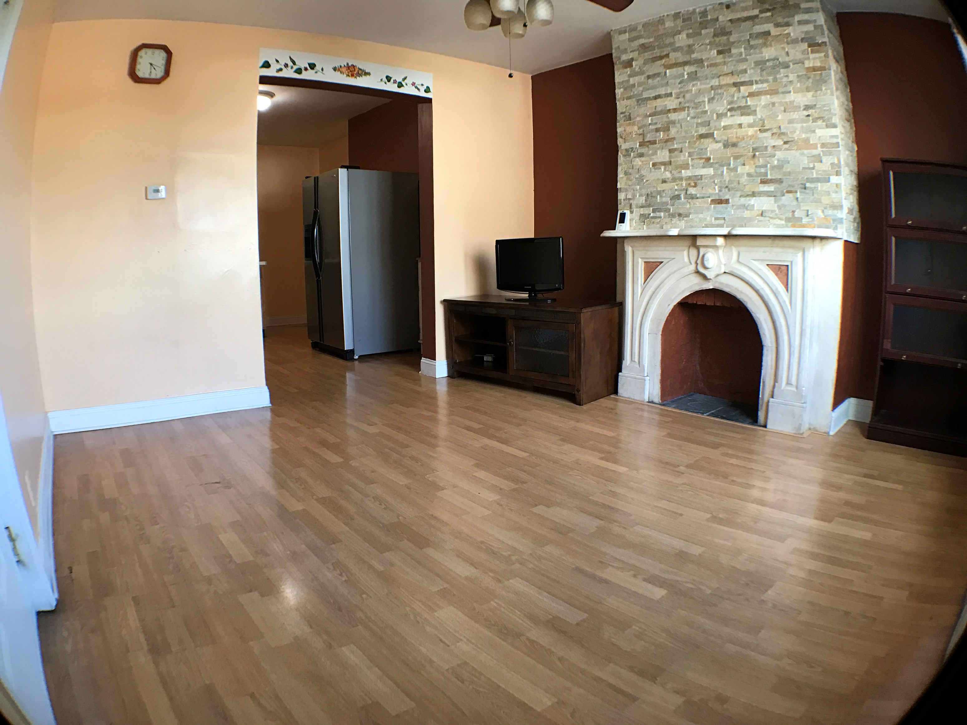Now Available 2 Br 2 Bath Unit On New York Ave In Jersey City