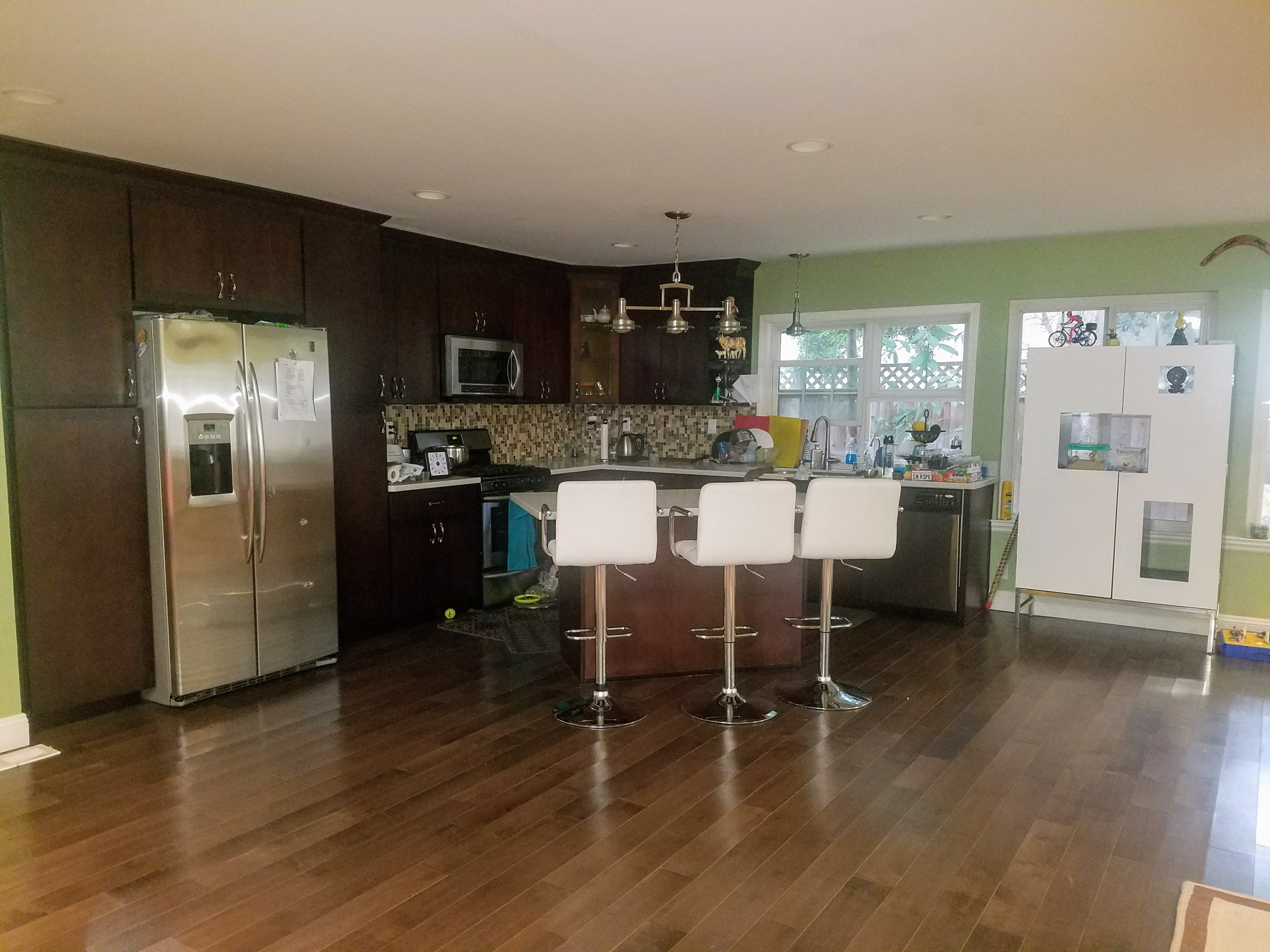 looking for roommate to share my apartment near union city bart
