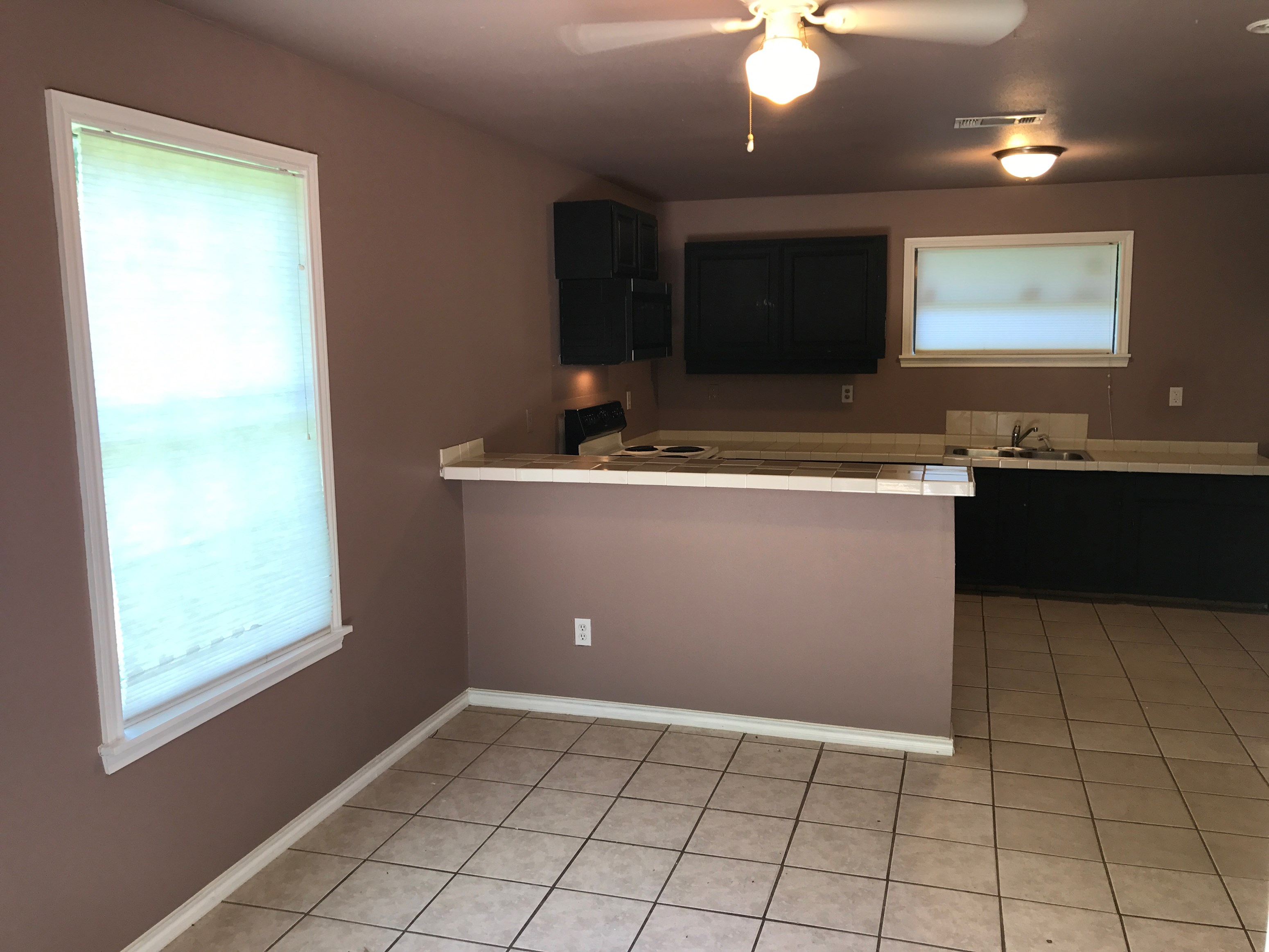 1 Bed 1 Bath Apartment In Prime South Austin Location  1 Bedroom House for Rent in Austin  TX   One Bedroom Homes for  . 1 Bedroom Rentals Austin Tx. Home Design Ideas