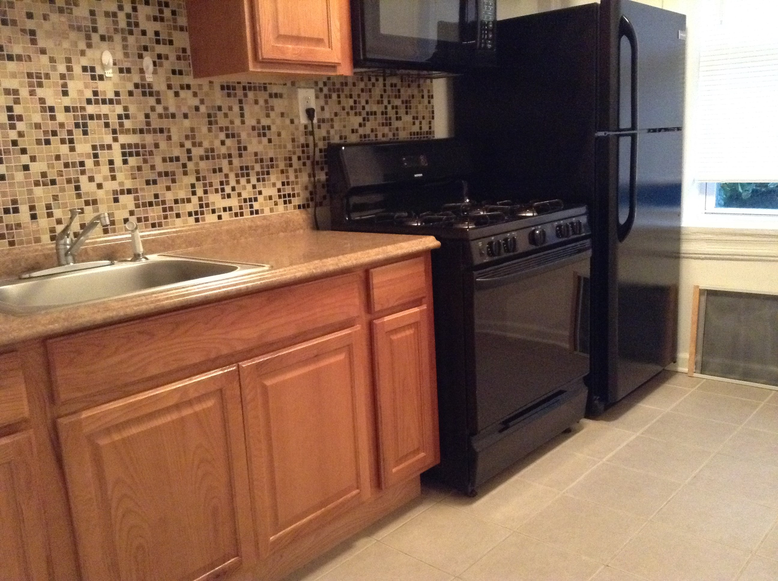 Buy a car find a house or apartment furniture appliances and more - Newly Renovated Apartment Very Quiet And Good Area In Heights