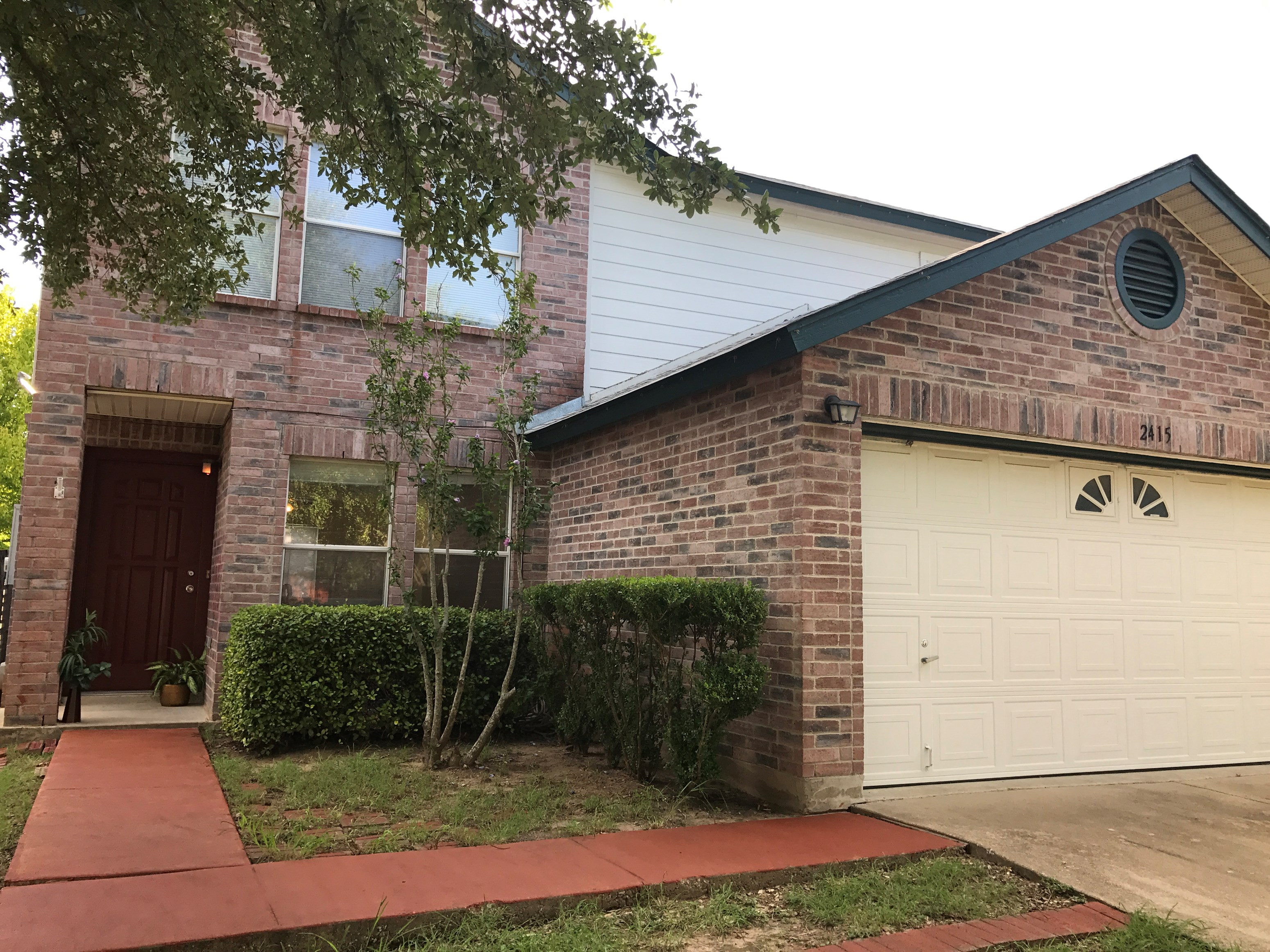 Beautiful Upgraded 3 Bed 25 Bath House In Prime Cedar Park Loaction
