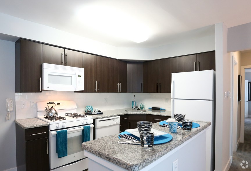 2 Bed2 Bath Apt Available For Lease Transfer  2 BHK Apartments