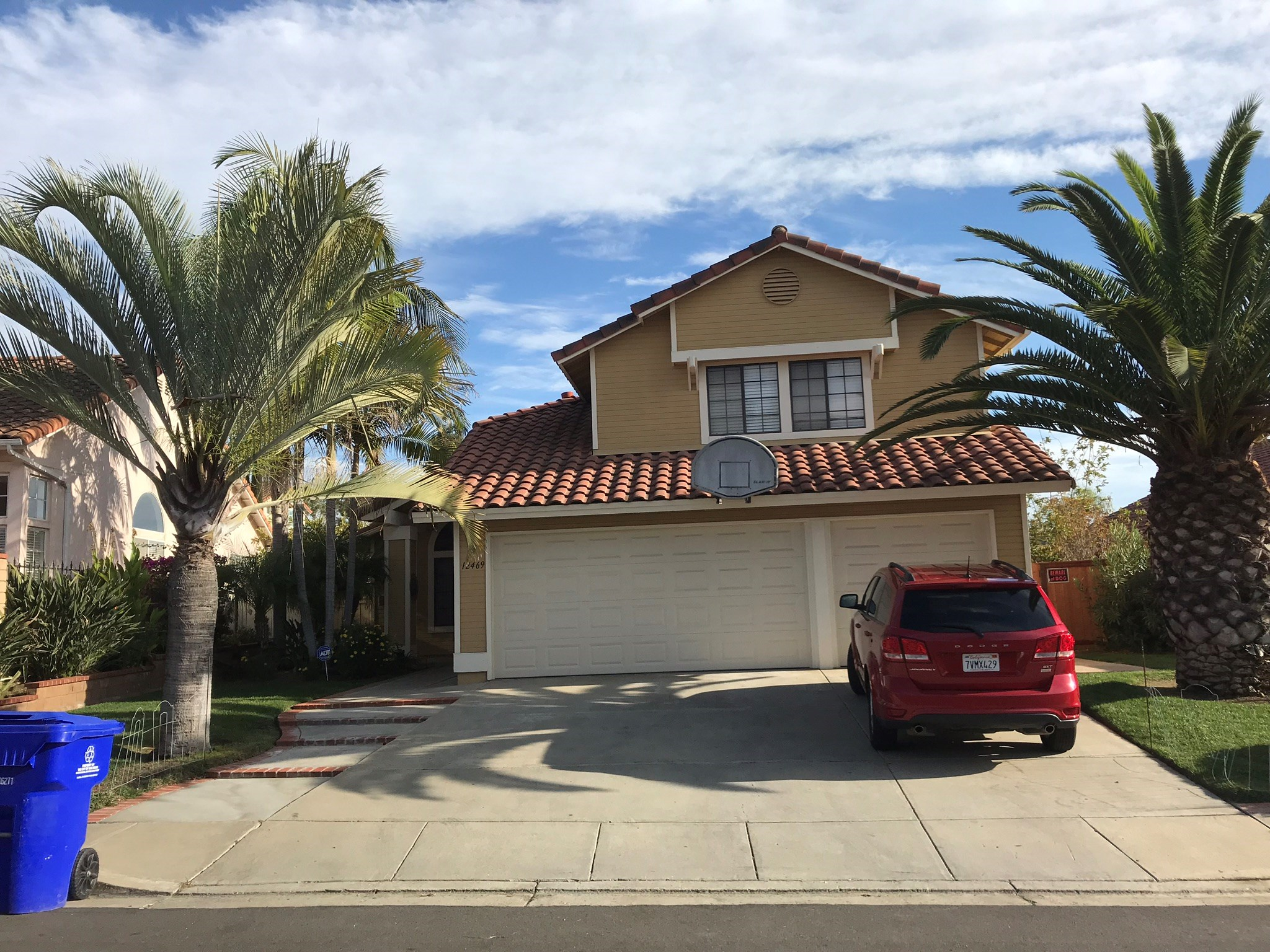 Rancho Quitos Please Read Description 4bed 3ba Available In Large House With