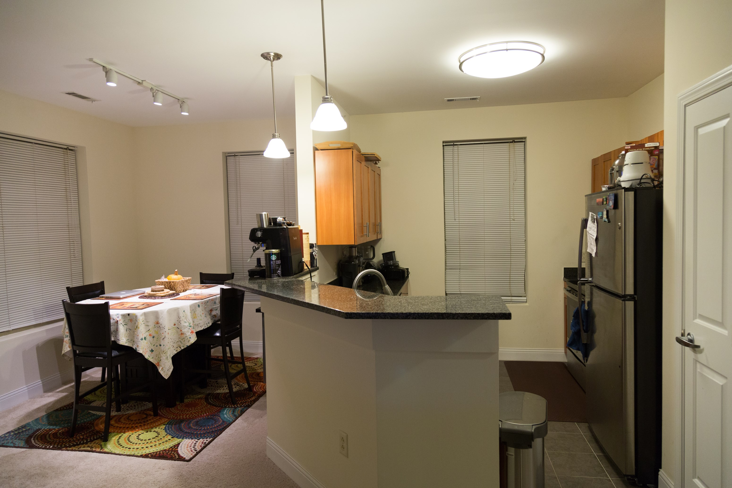 2 Bed Apt For Sublease In Windsor Ridge West Borough | 2 BHK in ...