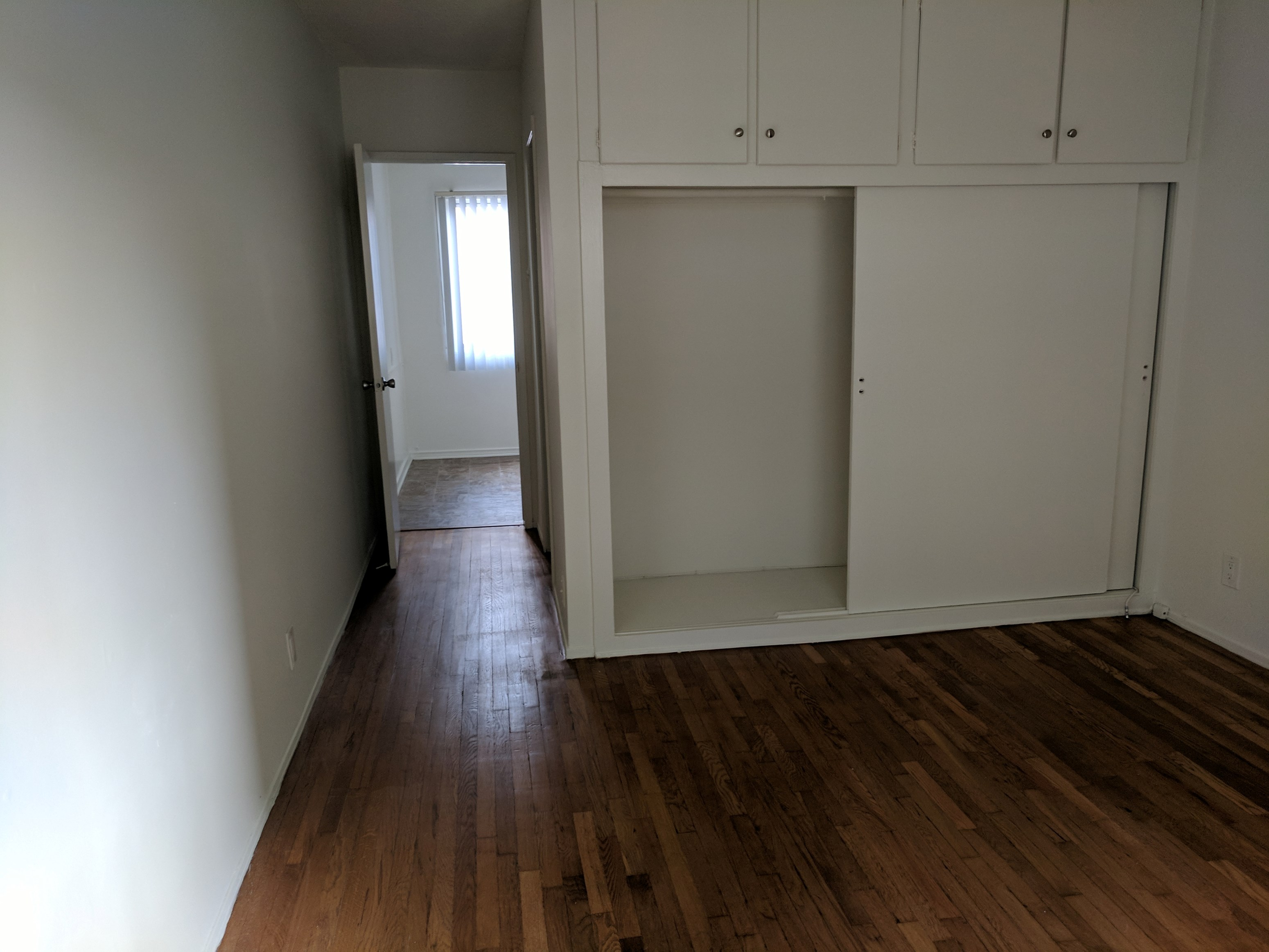 Tustin CA Orange County Apartment For Sublease