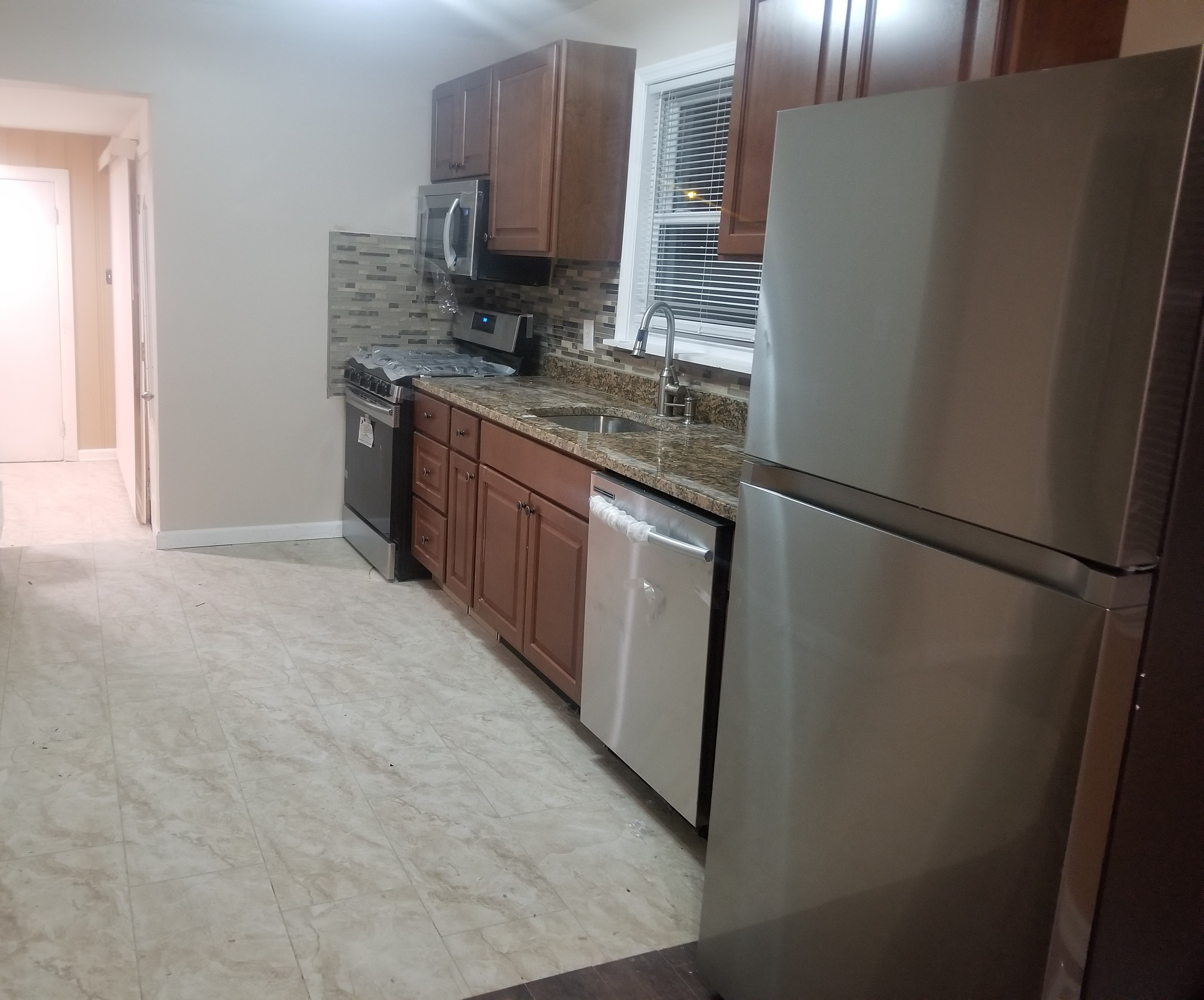 North Edison, East Facing 3 Bed 2 Bath Beautifully Renovated Single Family  House For Rent