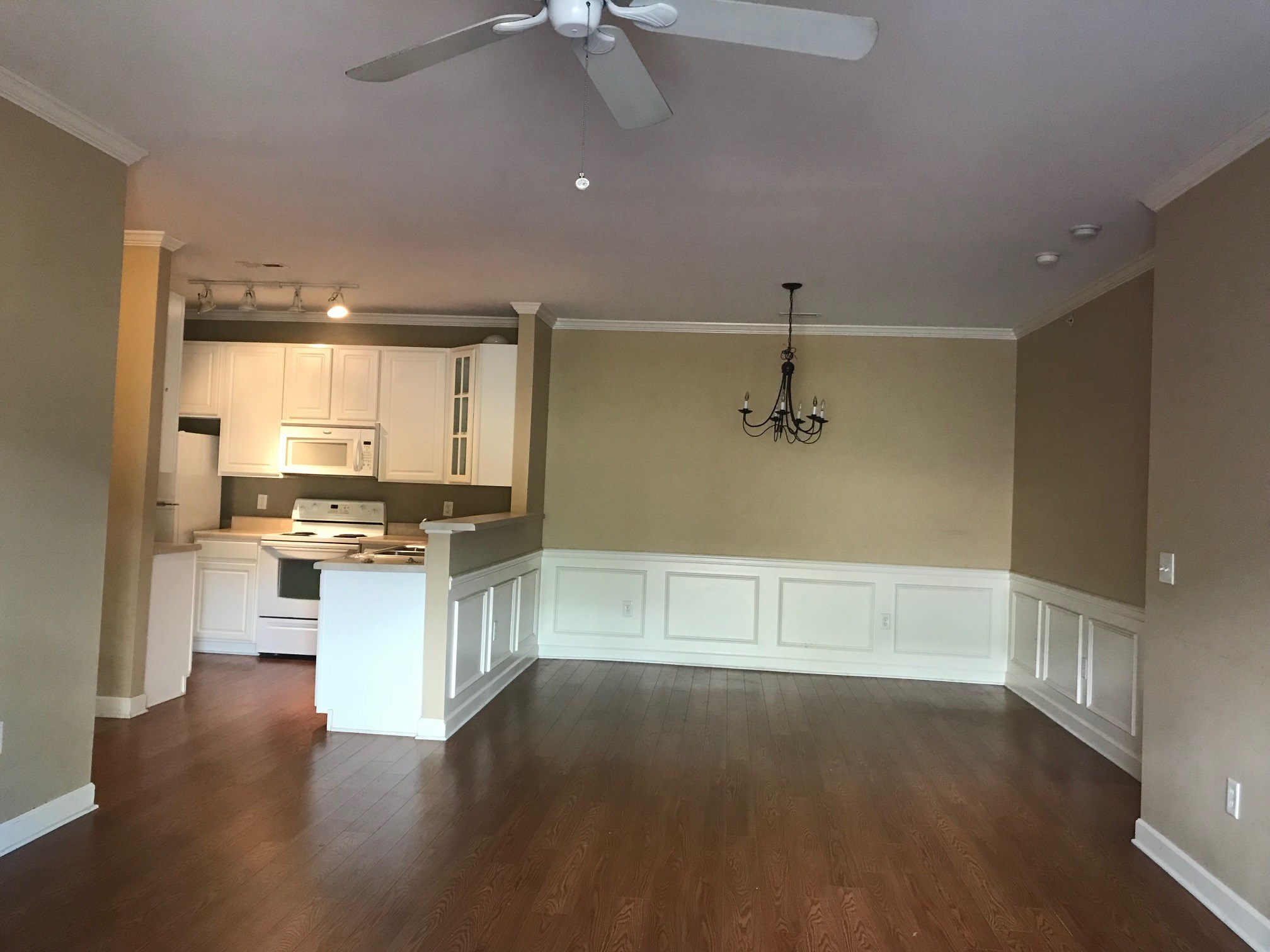 2 Bed/2 Bath With Loft Apartment For Rent In University Area