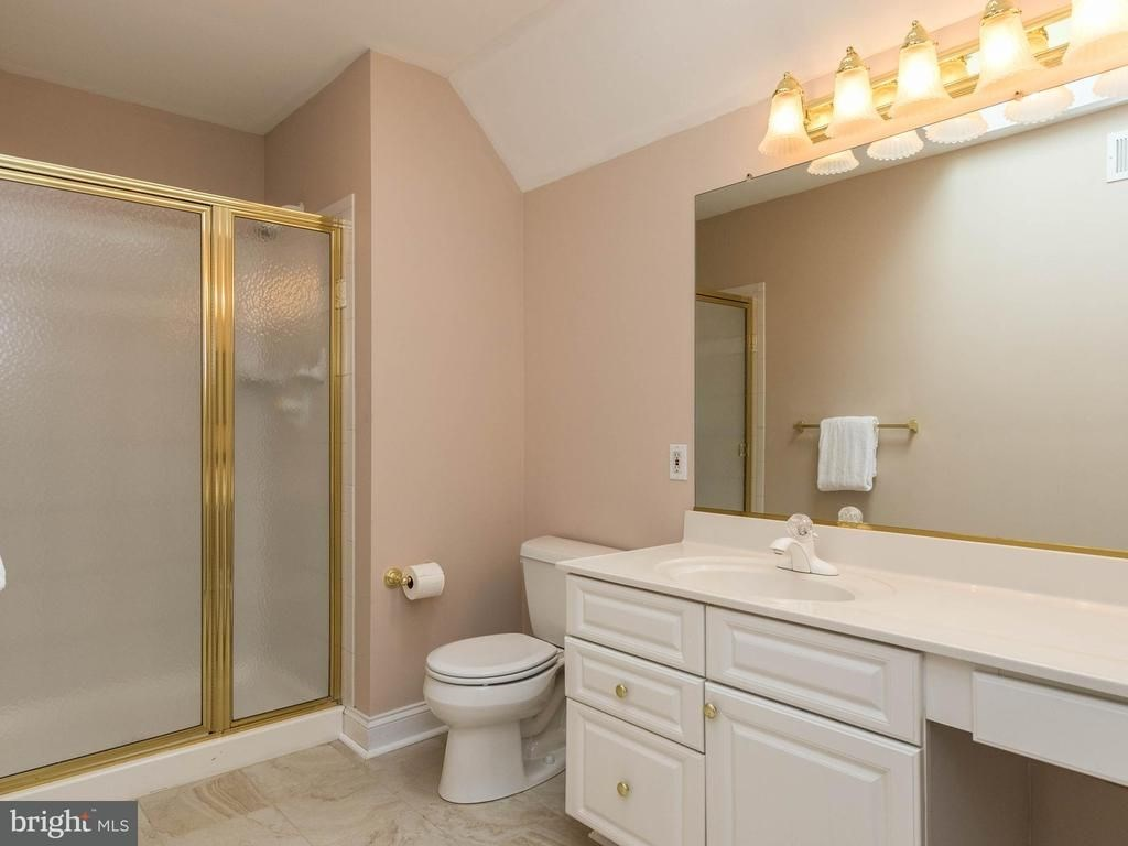 1 Bed Room And 1 Bath Available With Kitchen In Single Family Home ...