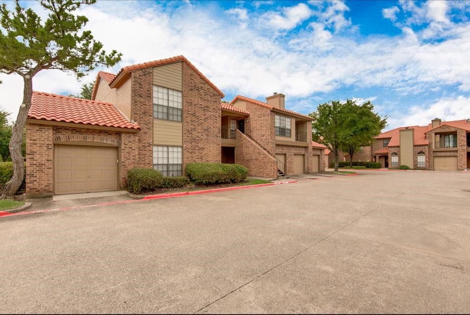 ... 1B1B Apartment With Garage Right Across Cisco Located At Jupiter And  Renner In Richardson   Image ...