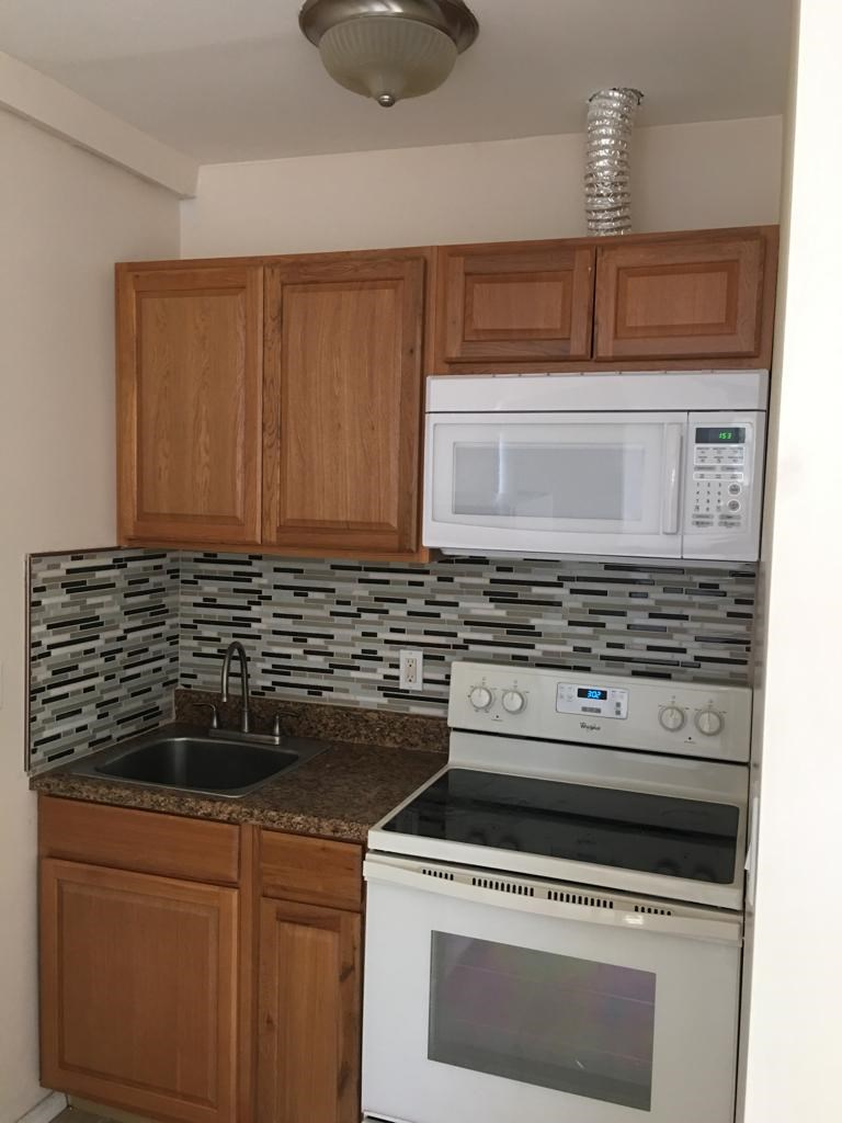 House For Rent In Hicksville Ny 3 Bhk In Hicksville Ny 1091901