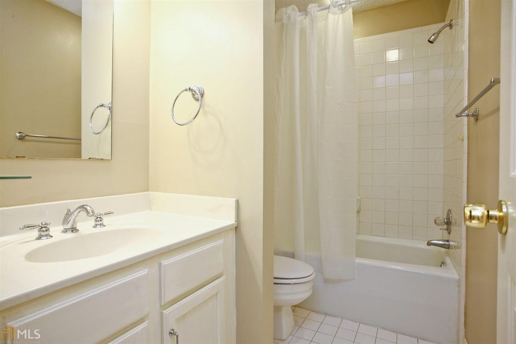 find basement apartment for rent in snellville ga sulekha rentals rh indianroommates sulekha com