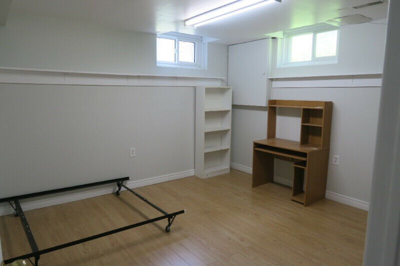 Miraculous Offered Rooms For Rent In Mississauga On Rent A Houses Interior Design Ideas Apansoteloinfo