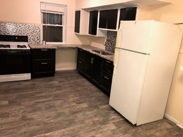 3 Bedroom And 2 Baths In Jc Down Town Area 3 Bhk In