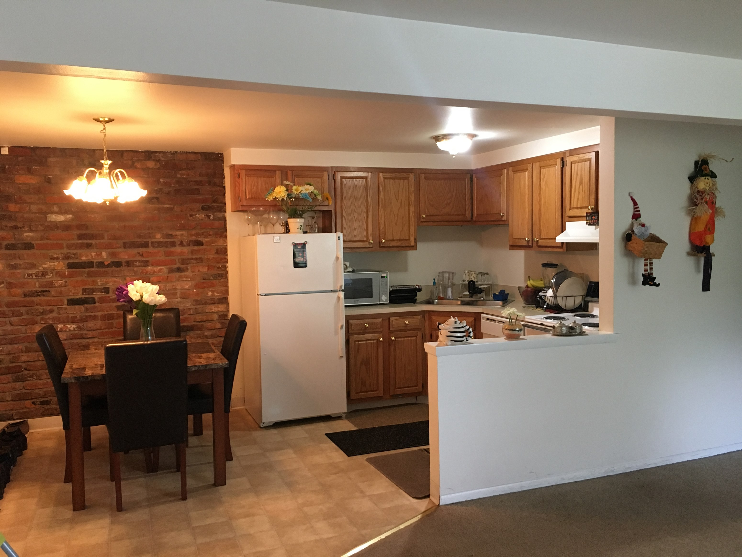 one bedroom available in a two bedroom apartment in buffalo ny