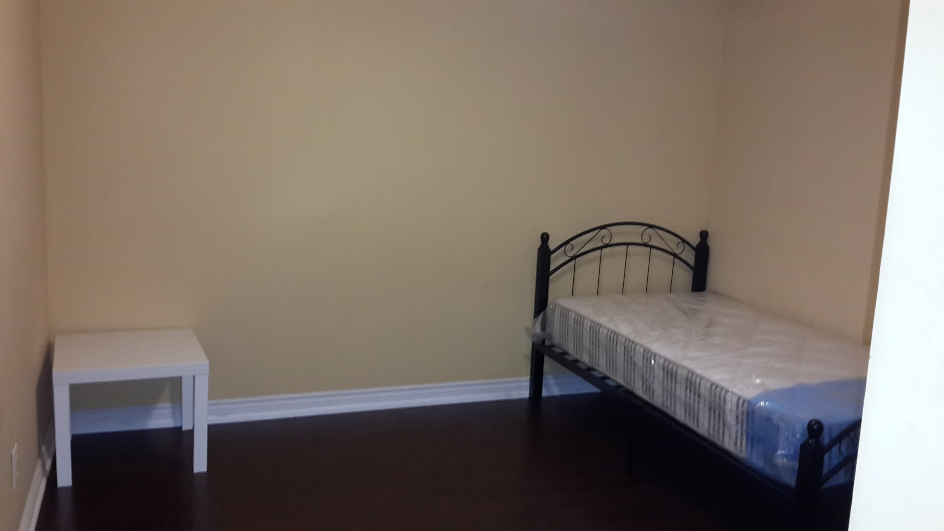 Single Room For Rent In Scarborough