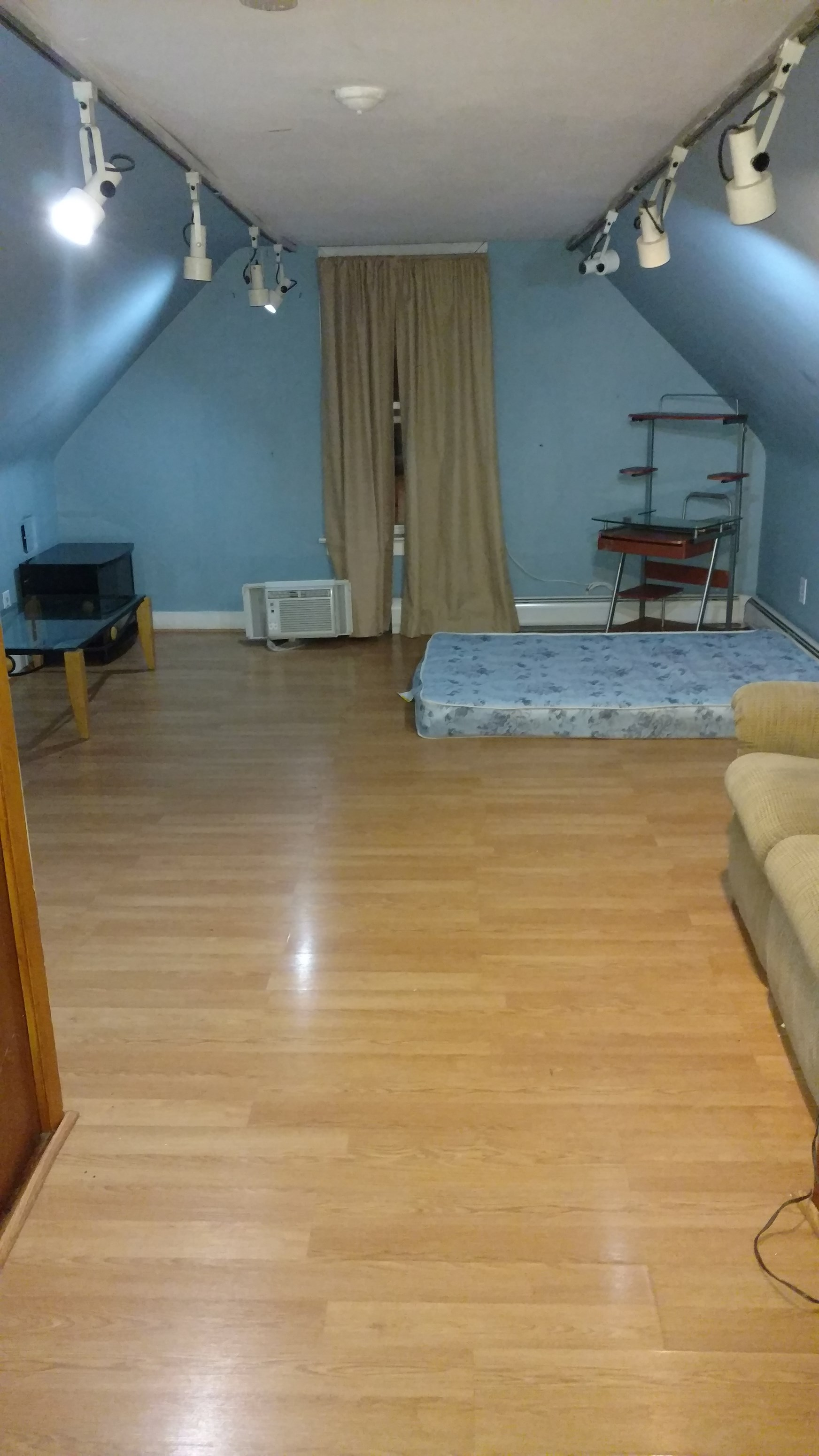 Bedroom For Rent In Two Family Home All Utilities Included Jersey City Journal Square Area In