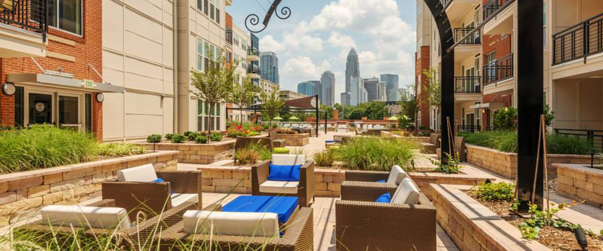 ... West Luxury Apartments Charlotte Uptown Lease Takeover in Charlotte NC