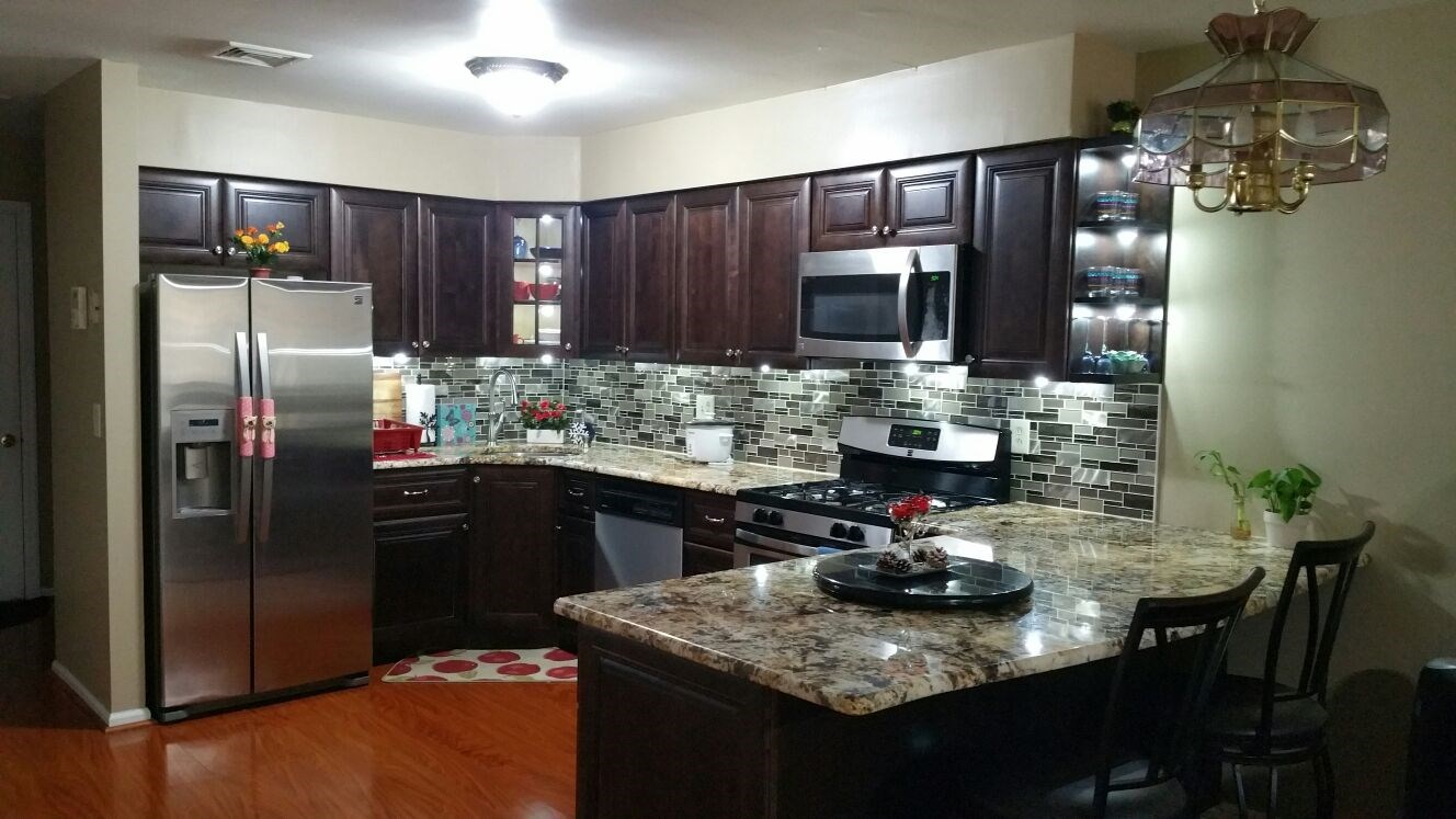 650 Single Basement Room Available In 3 Bedroom And 2 5 Bath Townhouse For Rent With Fully