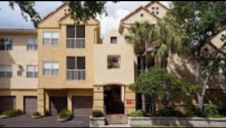 Looking For A Roommate Apartment Is Closer To Raymond James Pscu