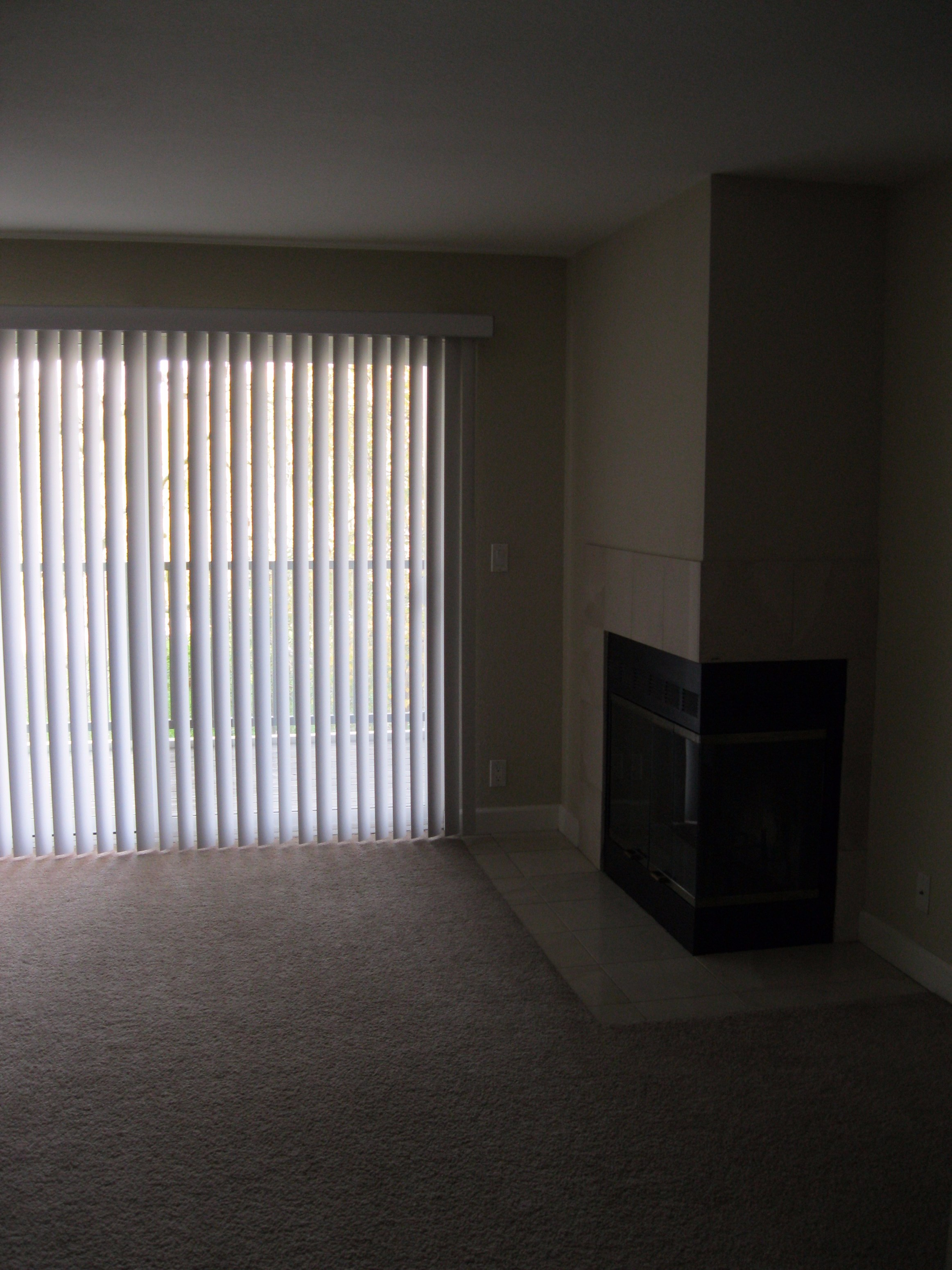 living room for rent. Spacious Living Room For Rent In 1BHK in Santa Clara CA  1006539