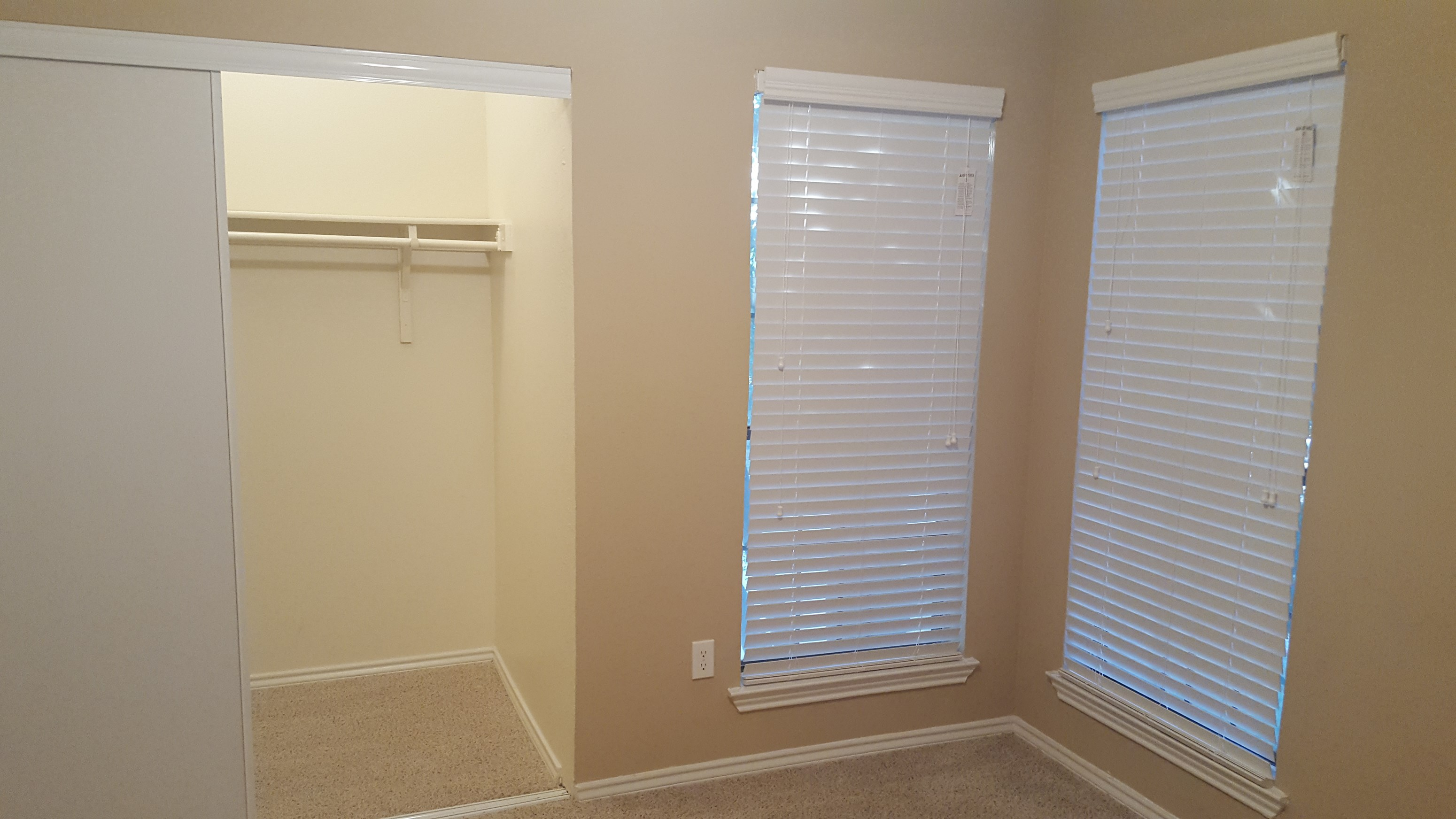 Furnished Separate Bed With Attached Bathroom In Valley Ranch(Irving ...