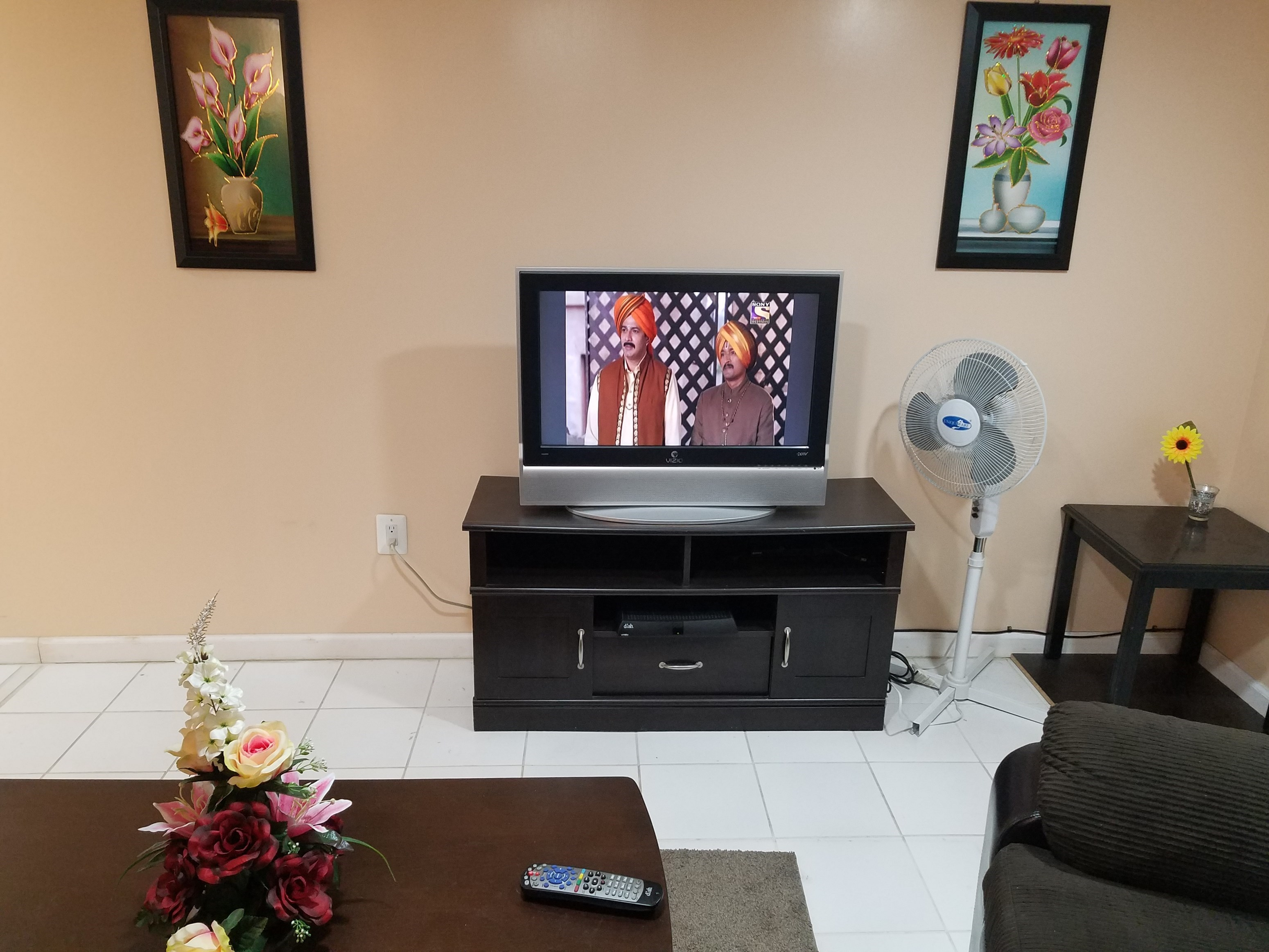 a fully furnished room is available for rent in large 2 br in san