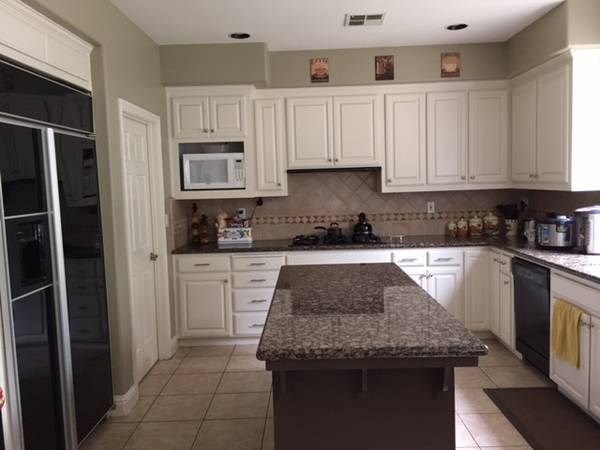 1 br 1ba available in pleasanton with utilities included in pleasant