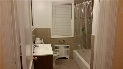 shared room available for rent in hicksville long island