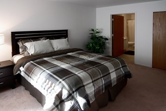 Spacious Furnished Room With Attached Bathroom.