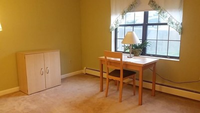 No Lease Single Bedroom For Females Working Womens In A Family Apartment