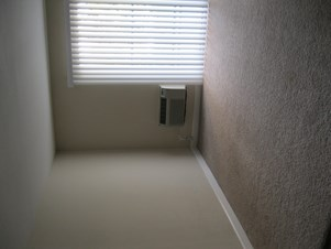 living room for rent.  Spacious Living Room For Rent In 1BHK Image 2 in Santa Clara CA 1006539